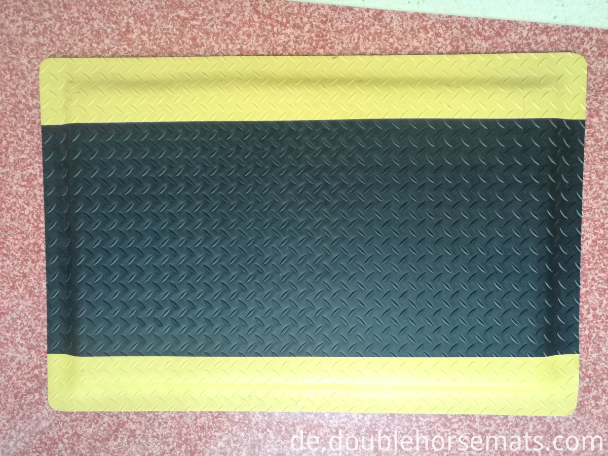 Durable industrial anti-fatigue ground mat